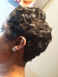 #pincurls #silkypress #healthyhair4ever #naturalhairstylist #naturalhair