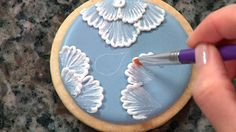 The perfect royal icing consistency for brush embroidery