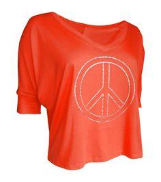 Coral farbenes Shirt mit einen 20 cm großen Peacezeichen mit hochwertigen Kristallsteinen.  http://www.redsilent.de/product_info.php/info/p107_shirt--peace-forever-.html