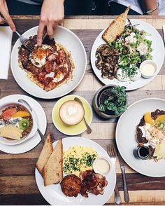 Le Fooding sur Instagram: Bacon and egg pancakes, granola with fresh fruit, scrambled eggs with bacon and salad with poached eggs at Holybelly, Paris 10e. #regram from @elieyobeid cc @holybellycafe Tag your pics with both #lefooding and @lefooding and we'll regram our favorites!