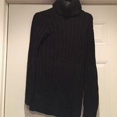 Dressy turtleneck | Short sleeves, Ea and Shorts