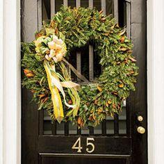54 Festive Christmas Wreaths: Magnolia and Greenery Wreath