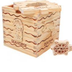 Drevená kocka s vkladacími motívmi