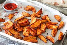 5x klassieke Spaanse tapas recepten - Chickslovefood Tapas Dinner, Tapas Party, Vegetarian Tapas, Western Food, How To Cook Potatoes, Party Food And Drinks, Food Platters, Clean Eating Snacks, I Foods