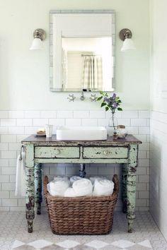 Comment aménager une petite salle de bain ? - Black Confetti