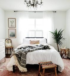 Minimalist Bohemian Bedroom / Boho Chic / Light and Airy Bedroom . - Minimalist Bohemian Bedroom / Boho Chic / Bright and Airy Bedroom - Bohemian Bedroom Decor, Home Decor Bedroom, Living Room Decor, Bedroom Inspo, Bedroom Plants, Bedroom Furniture, Living Rooms, Bedroom Decor Natural, Bedroom Decor For Couples On A Budget