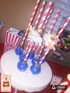 Circus themed cakepops
