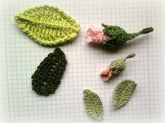 Crochet rose buds and leaves