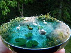 Diy Resin Crafts, Polymer Clay Crafts, Fun Crafts, Diy Doll Miniatures, Bottle Drawing, Garden Terrarium, Water Terrarium, Mini Fairy Garden, Cute Keychain