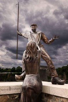 Brest - Sculpture de Jérôme Durand près de la Tour Tanguy - Fanny de Lanninon et Jean Quéméneur