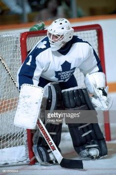 Mark LaForest (1989-90) Hockey Goalie, Ice Hockey, Maple Leafs Hockey, Goalie Mask, Nfl Fans, Toronto Maple Leafs, Sports Teams, Nhl, Draw
