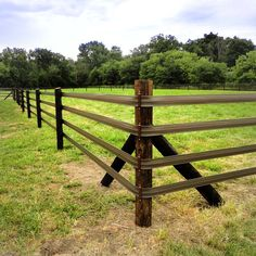 What makes the Flex Fence® series so great is its low-maintenance and its even lower price. It is the affordable, safe solution to horse fencing. Pasture Fencing, Ranch Fencing, Horse Fencing, Farm Fence, Yard Fencing, Horse Arena, Horse Stables, Paddock Trail, Horse Shelter