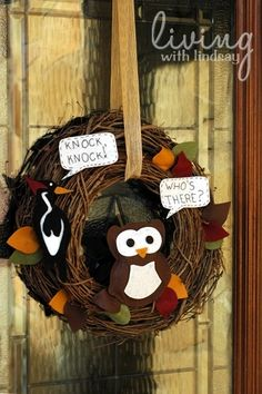 Knock Knock! Who's There? It's a Fall Wreath! Via MakelyHome.com
