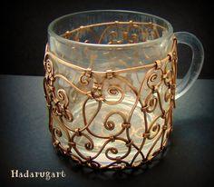 Artizani romani| Mestesugari romani | Cana din sticla acoperita manual in cupru