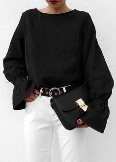 Your Monochrome Style : Black & White Cozy Fashion, Winter Fashion, Fashion Outfits, Monochrome Fashion, Mode Style, World Of Fashion, Dress To Impress, What To Wear, Street Style
