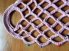 The World of NaLaN: Let& knit a mesh bag . Crochet Handbags, Crochet Purses, Crochet Bags, Crochet Bag Tutorials, Crochet Projects, Crochet Patterns, Japanese Crochet Bag, Hand Knit Bag, Crochet Shawl Diagram