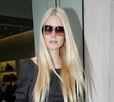 Gweneth Paltrow in 'Carl' Oliver Goldsmith Sunglasses  #Sunglasses #GetTheLook #JosephsonOpticians