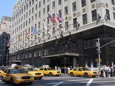 Bloomingdale's flagship store, 59th Street & Lexington Avenue, NYC. Via Serendipity Film Locations - OnthesetofNewYork.com