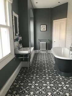 Stunning Farmhouse Toilet Design and Decor Concepts You Will Go Loopy For Bathroom Red, Grey Bathrooms, Bathroom Layout, Bathroom Interior Design, Beautiful Bathrooms, Small Bathroom, Master Bathroom, Long Narrow Bathroom, Grey Bathroom Paint