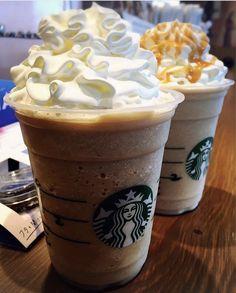 I need some ehhhh Starbucks Secret Menu Drinks, My Starbucks, Starbucks Recipes, Bebidas Do Starbucks, Yummy Drinks, Yummy Food, Food Goals, Street Food, Dessert Recipes