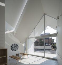 Asahicho Clinic, Japan by hkl studio