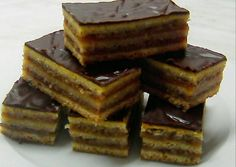 Zserbo Recipe, Hungarian Recipes, Hungarian Food, Recipies, Deserts, Cooking Recipes, Favorite Recipes, Sweets, Candy
