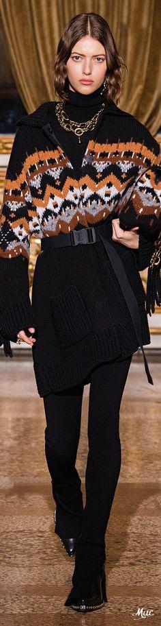 Fashion Models, Fashion Show, Ermanno Scervino, Haute Couture Fashion, Lace Skirt, Peplum Dress, Knitwear, Knit Crochet, Cardigans
