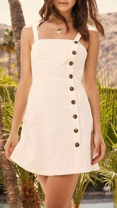 Perfect white mini dress with buttons. Dress Outfits, Girl Outfits, Fashion Dresses, Fashion Clothes, Trendy Outfits, Summer Outfits, Summer Dresses, Cute Dresses, Short Dresses