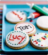 Name badge biscuits