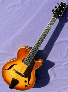 2007 Sadowsky Jimmy Bruno Model Jazz Guitar, Music Instruments, Model, Scale Model, Models, Musical Instruments, Mockup
