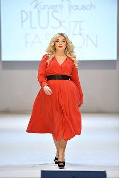 plus Size model Caterina Pogorzelski Blog:Megabambi Plus size fashion