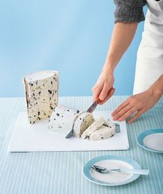 Don't spend time scooping. If you're serving ice cream for a crowd, try slicing instead. - Click image to find more DIY & Crafts Pinterest pins