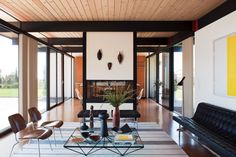 Modern Living Room by BoydDesign and BoydDesign in Malibu, California