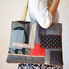 Grey Black Red Patch patchwork Reclaimed fabric Large tote large Textile Art bag — JuanitaTortilla