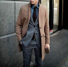 manteau long homme de couleur camel