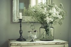 Farmhouse decorating ideas using vintage finds