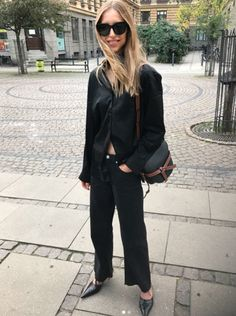 Josefine Dreyer in the Cambridge shirt Normcore, Jumpsuit, Streetwear, Elegant, Chic, Ootd, Packing Light, Pants