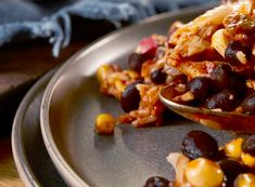 Black Bean Fiesta® Chicken and Rice Bake Recipe Rice Bake Recipes, Pasta Salad Recipes, Bean Recipes, Casserole Recipes, Healthy Cooking, Cooking Recipes, Diabetic Recipes, Bean Diet
