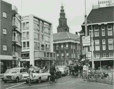 Tussen beide markten Groningen ongeveer 1975 bron serc.nl