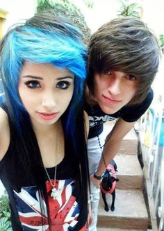 emo❤ OMG they are so cute! Cute Emo Couples, Scene Couples, Anime Couples, Emo People, Emo Love, Emo Scene Hair, Emo Guys, Emo Fashion, Pretty Hairstyles