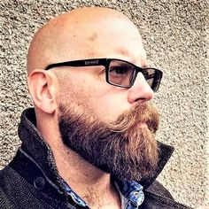 Bald Men With Beards, Bald With Beard, Grey Beards, Haircuts With Beards, Beard Styles For Men, Hair And Beard Styles, Shaved Head Styles, Moustache, Barba Grande