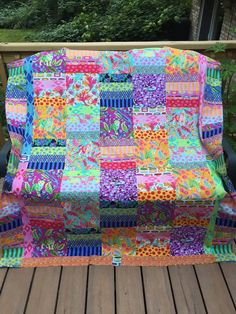 I love Kaffe Jellyroll Quilts, Scrappy Quilts, Easy Quilts, Bright Quilts, Colorful Quilts, Pink Quilts, Quilting Projects, Quilting Designs, Quilting Ideas