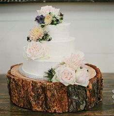 wood slice cake plate. a rustic engagement and wedding must! cant wait to get ours