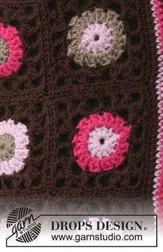 Say It With Flowers / DROPS 115-14 - Horgolt DROPS kardigán, négyzetekből, Merino Extra Fine fonalból. Méret: S - XXXL