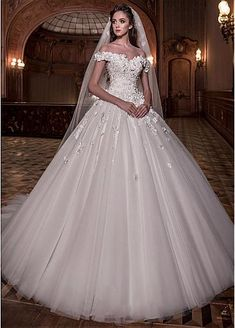 [138.00] Junoesque Tulle Off-the-shoulder Neckline Ball Gown Wedding Dress With Lace Appliques & 3D Flowers & Beadings - dressilyme.com
