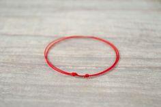 Red String Bracelet. Red String Kabbalah by bellaflowerjewelry