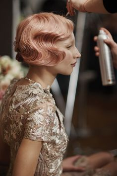 How gorgeous is this apricot rose gold shade of Aveda color?