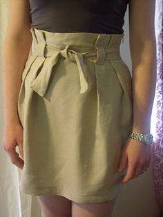 Long-awaited paper bag waist skirt totorial!: instrucciones para coser una #falda con cintura alta. Idea de Suzannah para Adventures in Dressmaking.