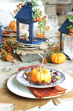 Blue and Orange Fall Tablescape with DIY Wooden leaf placemats
