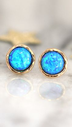 Opal earrings, Opal stud earrings